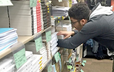 Textbook options vary for students
