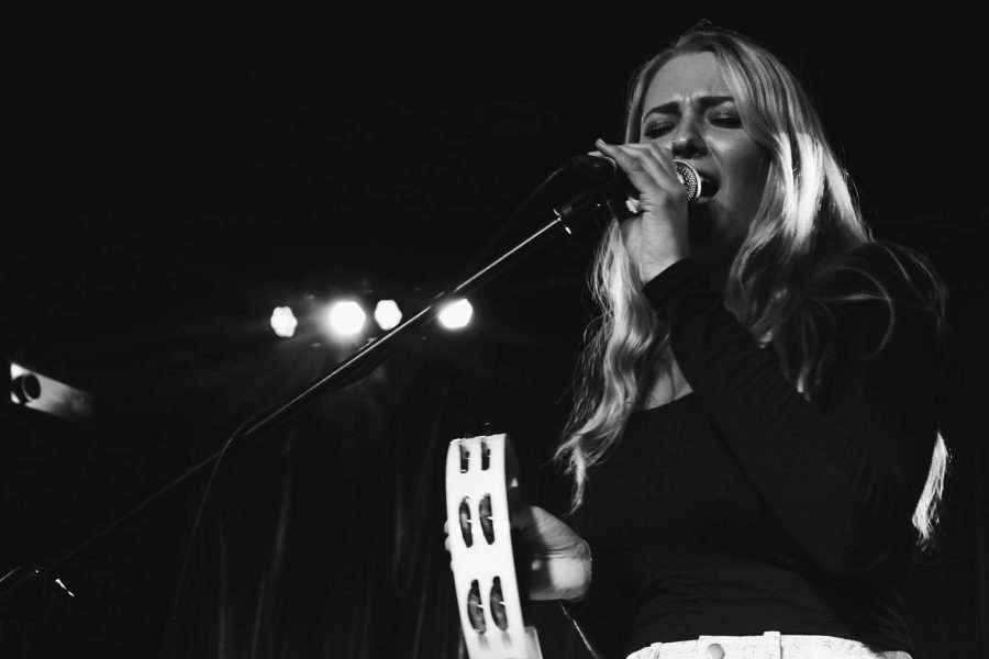 Julia+Steele+performing+at+the+Red+House+in+Walnut+Creek+last+June.+