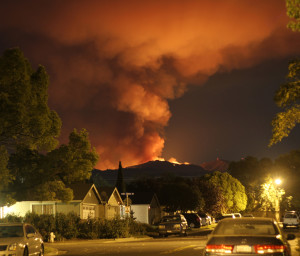 A view of the Mt. Diablo fire from local streets.