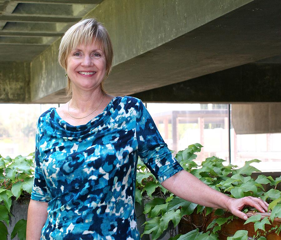 Nancy+Ybarra+is+the+new+dean+of+Liberal+Arts+on+campus.+She+has+been+teaching+at+LMC+since+1980.