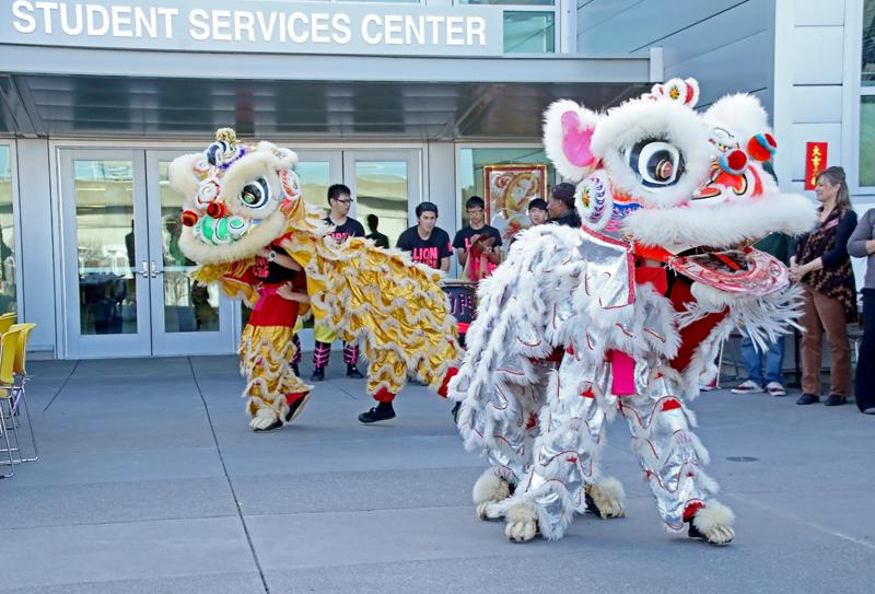 Lion+Dancers+entertained+around+150+onlookers+at+the+Chinese+New+Year%27s+Festival+hosted+by+Honors.