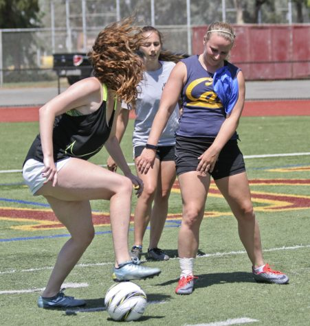 Soccer squad aims  for bounce-back year