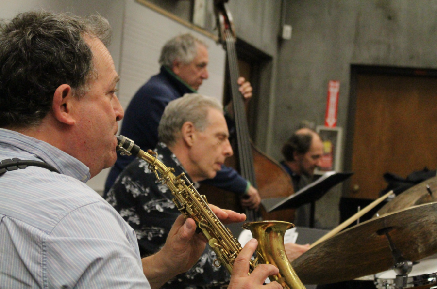 Clark and trio perform jazz