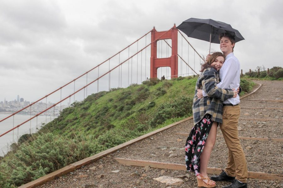 Lovers+Jessica+Rubin+and+Jacob+Stenson+taking+in+the+view+of+the+Golden+Gate+Bridge.+%22No+matter+the+weather%2C+we+stick+together.%22