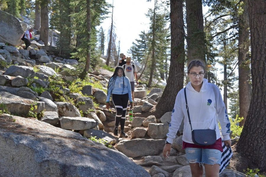 From+closest+to+farthest%2C+Annalica+Gutierez%2C+Thyra+Cobbs%2C+Alex+Sterling%2C+Matt+Carson+and+Bianca+Arechiga.+They+are+on+a+hike+in+Yosemite+on+the+Honors+Retreat+during+the+weekend+of+Sept.+13-15.