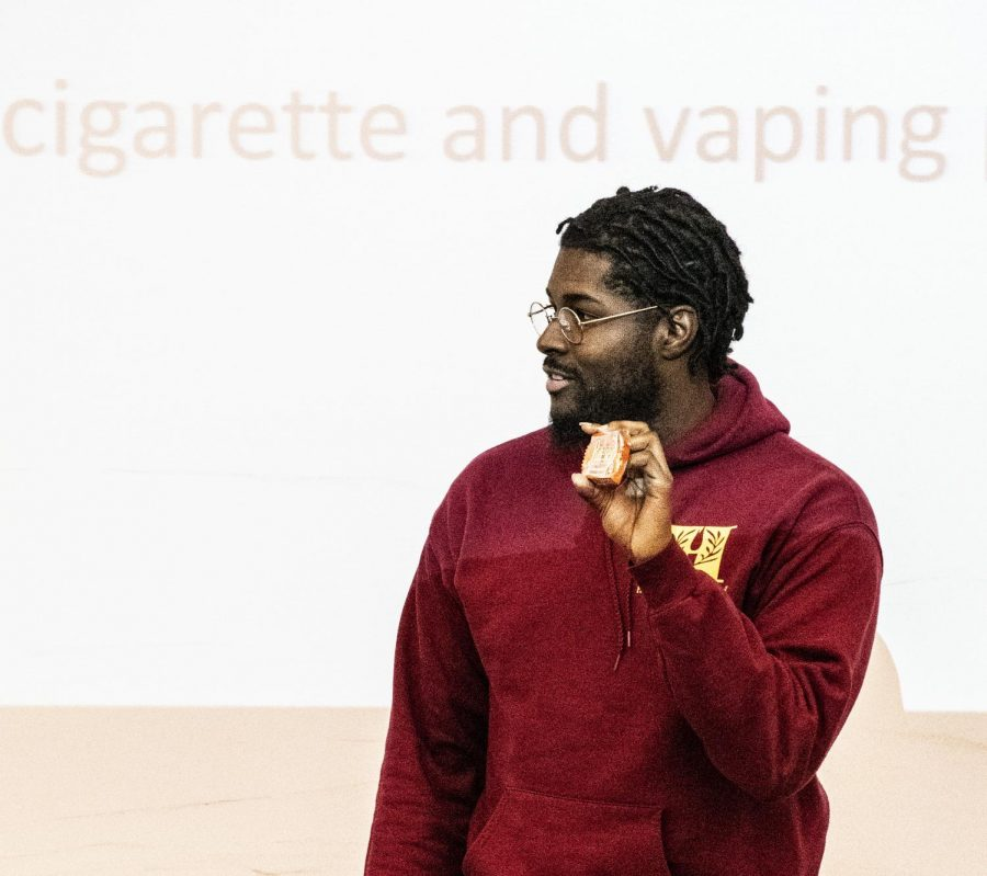 Felero Smith uses a Reeses to make a point about vaping.
