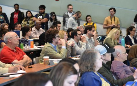 Staff and students packed the lecture hall to express their concerns and confusion about what was happening due to the COVID-19 virus during the emergency Academic Senate meeting which was held on March 11.