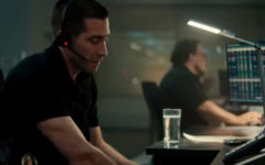 Jake Gyllenhaal as 911 operator Joe Baylor. The movie takes place at his workplace.